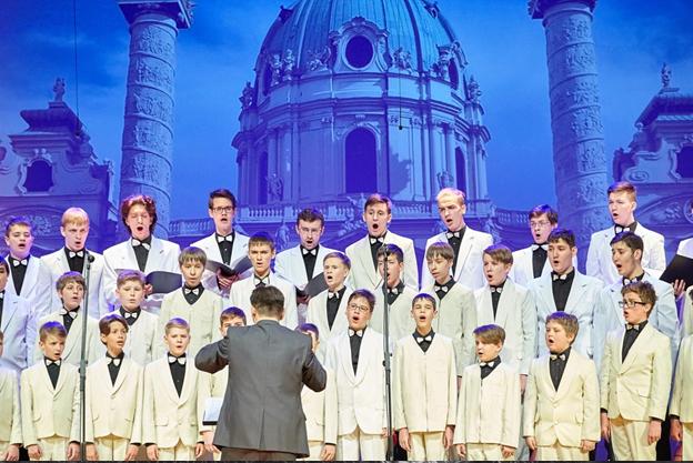 Магнификат (Концерты и шоу). Детская Филармония. Билеты в наличии: 600.00 - 1500.00 руб. Свободных мест: 16