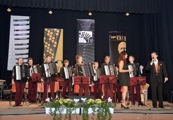Караван музыкальных историй (Театр). Детская Филармония. Билеты в наличии: 350.00 - 650.00 руб. Свободных мест: 42