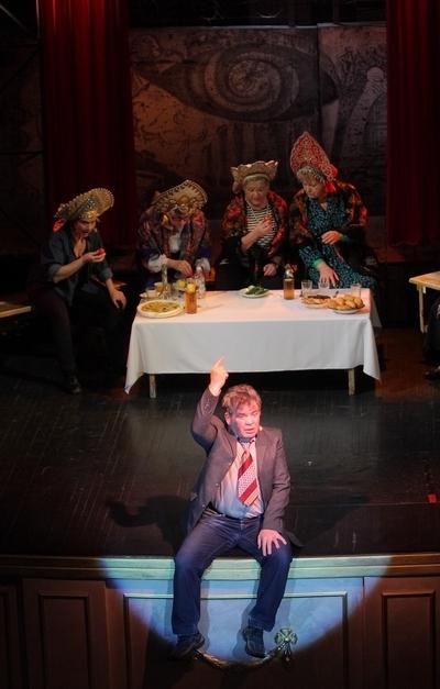 ОСТОРОЖНО, БАБУШКИ! (Чирик Кердык Ку-Ку) (Театр). Театр музыкальной комедии. Билеты в наличии: 800.00 - 1200.00 руб. Свободных мест: 11