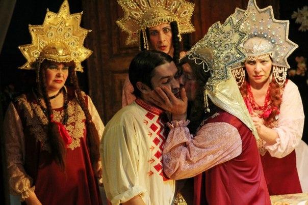 Баба Шанель (Театр). Коляда-театр. Билеты в наличии: 500.00 - 600.00 руб. Свободных мест: 4