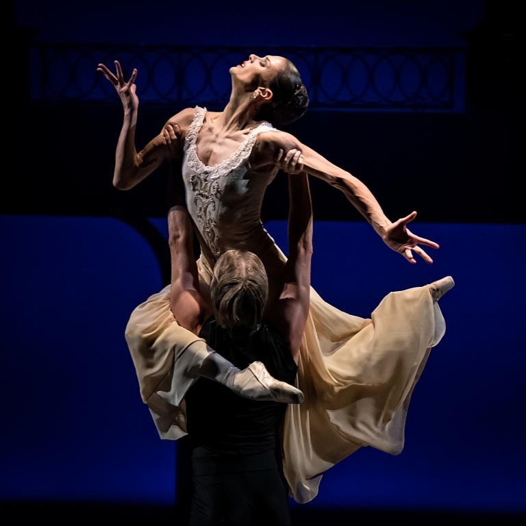 Эйфман балет купить билеты алло шоу купить билет на концерт группы ленинград 20 ноября 2015