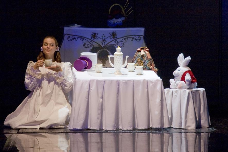 АЛИСА/alice.net (Детские). Театр Кукол. Билеты в наличии: 400.00 руб. Свободных мест: 6